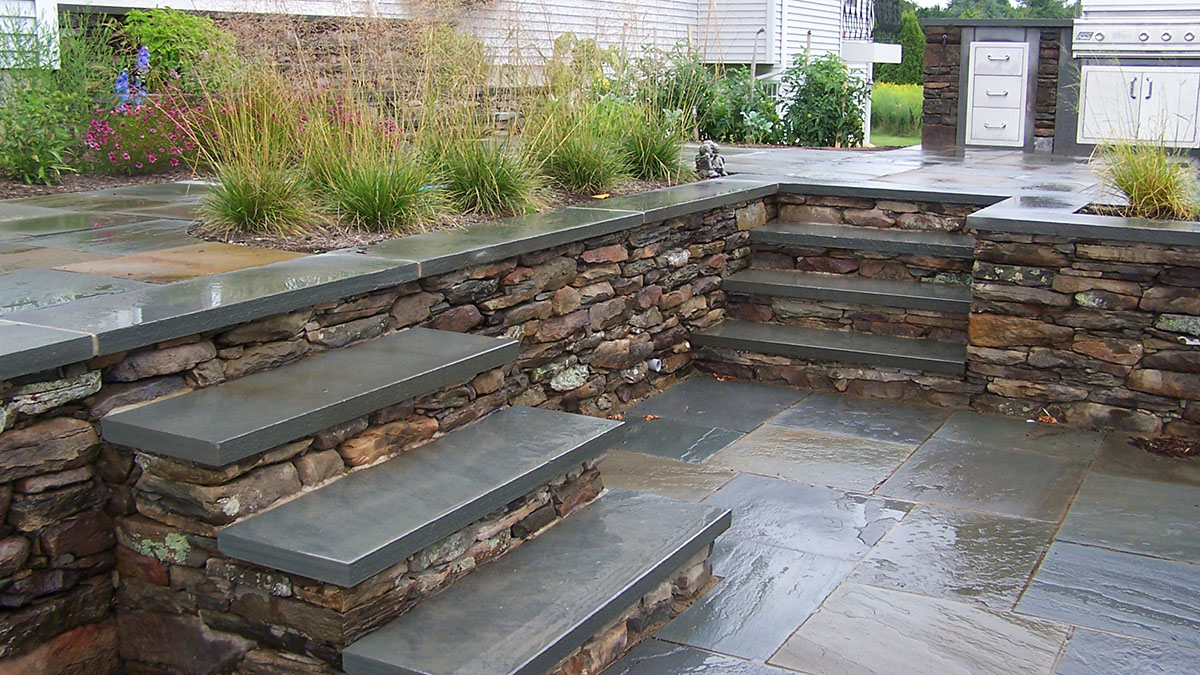 Pennsylvania Fieldstone, Bluestone Treads