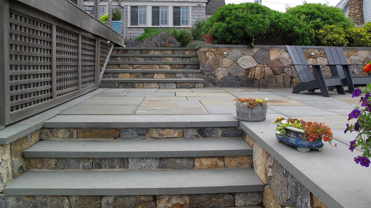 New England Fieldstone Mosaic with Bluestone Treads