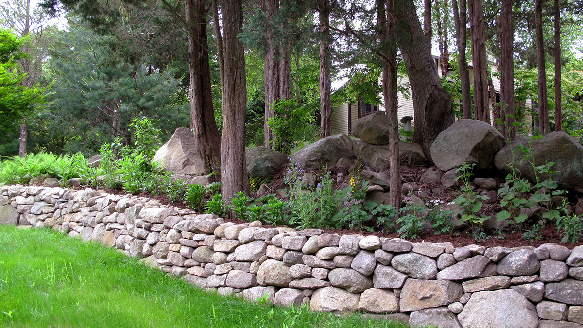 Dry Laid, New England Fieldstone, Retaining Wall