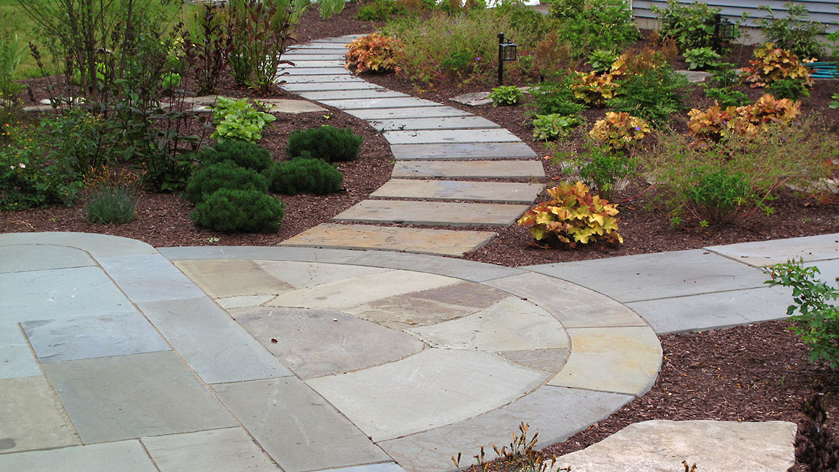 Bluestone Stepper Walkway
